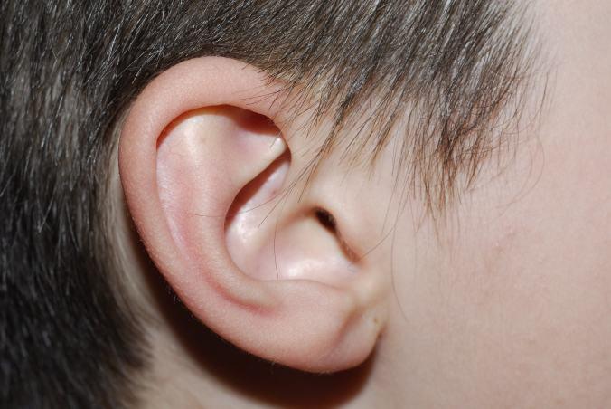 child-s-ear-1307271-1919x1284