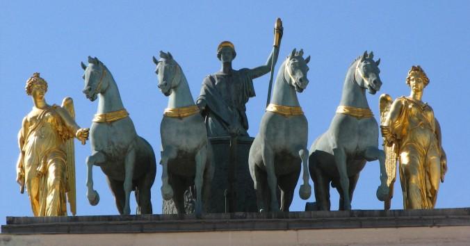 stone-horses-1219399-1598x838